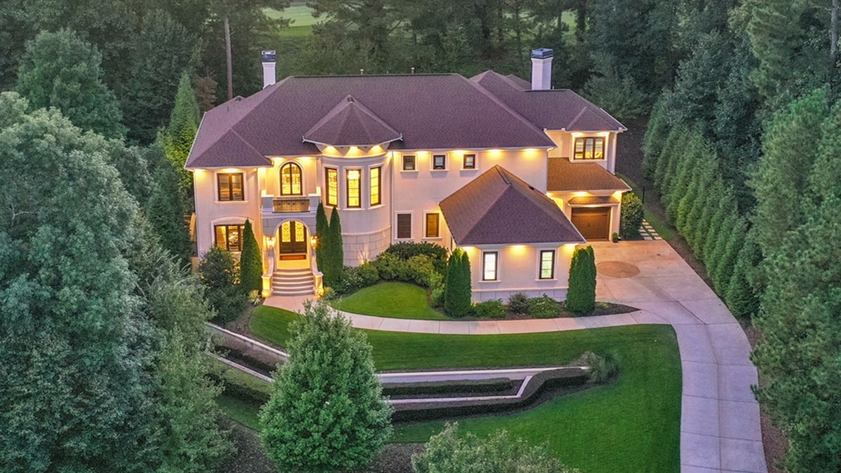 NeNe Leakes Lists Georgia Mansion for Nearly Double 2015 Sale Price